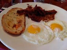Sunny side up eggs, basic breakfst